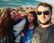 Friends along the beach